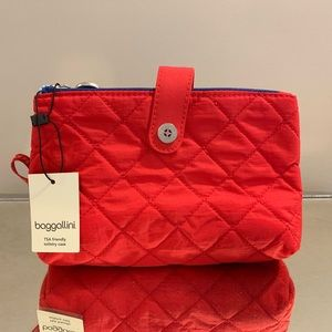 NWT Baggallini Toiletry or Cosmetic Case